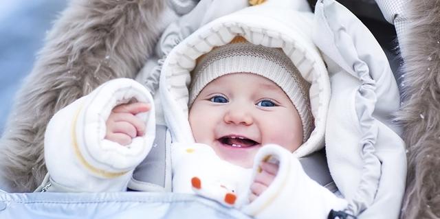 Cara Mengatasi Flu Bayi dengan Menghangatkan Tubuh Bayi