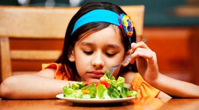 Nafsu Makan Berkurang sebagai Tanda dan Gejala Demam Berdarah Pada Anak
